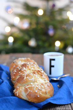 Hefezopf mit Mandeln und Rosinen German Hefezopf Cake with almonds and raisins Fabulous Food