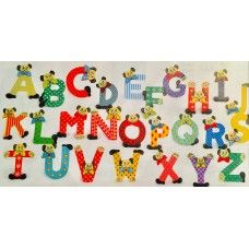Decoratiune Alfabet Toy Craft, Wooden Toys, Kids Rugs, Mai, Montessori, Crafts, Home Decor, Wooden Toy Plans, Wood Toys