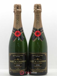 Moët Chandon, Dom Perignon, Wine Guide, Champagne Bottles, Wooden Case, Master Class, Vintage, Champagne, Vintage Comics