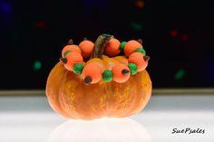 Pumpkin Bracelet, Thanksgiving Bracelet, Thanksgiving Jewelry, Polymer Clay, Polymer Clay Thanksgiving, Halloween Bracelet, Thanksgiving by SuePsales on Etsy #PolymerClay #PumpkinBracelet #PolymerClayBracelet #ThanksgivingBracelet #HalloweenBracelet #StretchyBracelet
