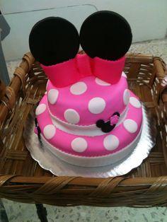 Minnie fondant cake