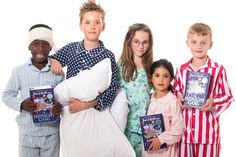 Effie Trinket - 100 World Book Day costume ideas - Netmums Kids Book Character Costumes, Children's Book Characters, Book Costumes, World Book Day Costumes, Easy Costumes, Boy Halloween Costumes, Costume Ideas, World Book Day Ideas, Day Book