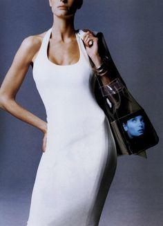 Stephanie Seymour by Patrick Demarchelier - Harper's Bazaar US Jan. 90s Fashion, Vintage Fashion, Fashion Looks, Fashion Outfits, Vintage Style, Amber Valletta, Stephanie Seymour, Azzedine Alaia, Linda Evangelista