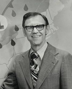 Dan Henry, longtime weatherman at WDAF, died Saturday at age 89. Henry did weather at WDAF from the 1960s to the early 1990s, the station said.