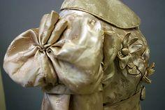 Regency Redingote, Details, French, 1818-1820m silk
