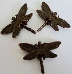 """9PC SET EXTRA LARGE DRAGONFLY PUSH PIN GREAT WAY TO BRIGHTEN UP YOUR KITCHEN OR OFFICE BULLETIN BOARD CAN ALSO BE USED FOR HOME DECORATING , CAN ALSO BE HAMMERED INTO LIGHT WOOD MAKES A PERFECT GIFT FOR ANYONE  MADE IN THE USA OF LEAD FREE METAL AND ELECTROPLATED MEASURES APPROX 1 1/4"""" HIGH AND 1 3/4"""" WINGSPAN SHIPS IN REUSABLE CONTAINER"""