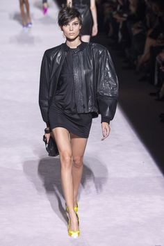 Tom Ford Spring 2018 Ready-to-Wear  Fashion Show - Charlee Fraser