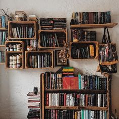Diys, Relaxation Room, Bookshelves Built In, Book Aesthetic, Book Nooks, House Goals, My Room, Interior And Exterior, Bedroom Decor