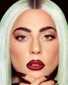 Lady Gaga Artpop, Fotos Lady Gaga, Lady Gaga Pictures, Lady Gaga Makeup, Lady Gaga Hair, Famous Singers, A Star Is Born, Rupaul, Matte Lips