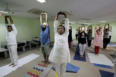 Modi's Yoga Day Grips India, and 'Om' Meets 'Ouch!' - The New York Times