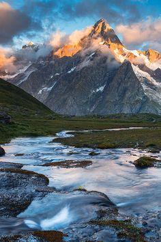 Aosta Valley, Italy  (Photo by Andrea Vallini   official Clickalps photographer   clickalps.com)