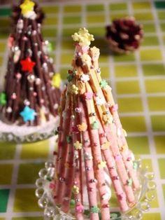 ポッキーのクリスマスツリー ポッキー、いちごポッキー、2種類のツリーで楽しみたい!