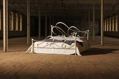 ... Design Und Pure Leidenschaft, Welche Unvergänglich Bleibt. In Dem  Metallbett Leandra Schlafen Sie Elegant Behütet, Tag U0026 Nacht. Bezaubernd,  Hinreißend ...