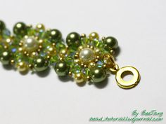 Rikku bracelet - very detailed pictures & description for these square components ~ Seed Bead Tutorials
