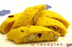 Saffransbiscotti - Recept p� saffransbiscotti. Goda knapriga kakor med saffran och mandel. J�ttegoda och enkla att g�ra! Bilder steg f�r steg!