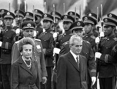 Rumänien: Mit Ceausescu auf Reisen Romanian Revolution, Communism, Eastern Europe, Budapest, Russia, Captain Hat, Pride, Country, Beautiful