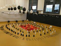 Montessori Classroom, Classroom Themes, Classroom Organization, Reggio Emilia, Spring Door, Orange Walls, Home Activities, Classic Interior, How To Make Ornaments