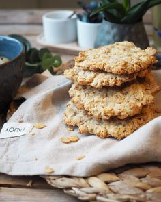 meglerfru1 – Grove søtkjeks Lavkarbo Lchf, Keto, Granola, Healthy Recipes, Healthy Food, Food And Drink, Cookies, Breakfast, Snacks