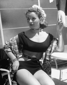 """sharontates: """"Jeanne Crain, Photo by Peter Stackpole """" Yvonne Craig, Yvonne De Carlo, Dorothy Dandridge, Vintage Hollywood, Classic Hollywood, Hollywood Actresses, Actors & Actresses, Best Actress Oscar, Jeanne Crain"""