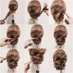 1. サイドで三つ編みを作ります。 2. 三つ編みを下から付け根に向かってまとめます。 3. 三つ編みの先をふたつに分け、内側を付け根部分に見えないようにピンでとめます。 4. 外側は巻き付けるようにして髪の中に入れ、取れないようにピンでとめます。 5. 少しずつ毛束を引き出してルーズ感を出したら完成。 #ヘアアレンジ #ヘアスタイル #ファッション #コーデ