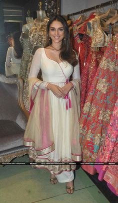 Meanwhile, Aditi Rao Hydari, who will soon be seen in Wazir was photographed at a studio in the city. Aditi looked magnificent in a white anarkali.