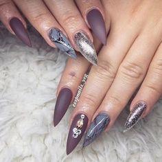 Sharon P @ Shangri La Nails (@esspnails_yeg) on Instagram