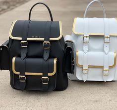 Cute Mini Backpacks, Stylish Backpacks, Girl Backpacks, Backpack Purse, Leather Backpack, Grafea Backpack, Photographie Blonde, Mochila Jeans, Cute School Bags