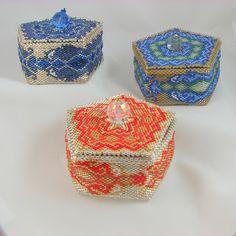 Dragon Box Trio, beaded by Jo-Ann Woolverton, designed by Julia Pretl.