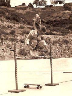 Elle O'Neal, uma das primeiras skatistas profissionais – 1976 - 25 mulheres que mudaram o rumo da história