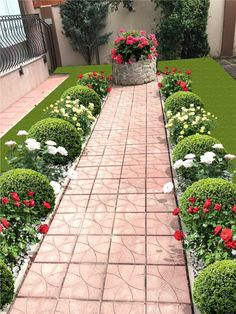 57 Impressive Front Garden Design Ideas To Try In Your Home - Dreams Comes Real Sidewalk Landscaping, Front House Landscaping, Front Yard Garden Design, Front Garden Landscape, Garden Yard Ideas, Backyard Garden Design, Small Garden Design, Outdoor Landscaping, Yard Design