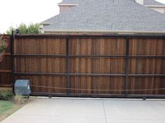 A click & pin photo gallery filled with examples of automatic gate ideas based on recent projects in the North Dallas area of DFW. Sliding Fence Gate, Wood Fence Gates, Cedar Fence, Driveway Landscaping, Driveway Gate, Automatic Sliding Gate, Gate Wall Design, Gate Pictures, Gate Operators
