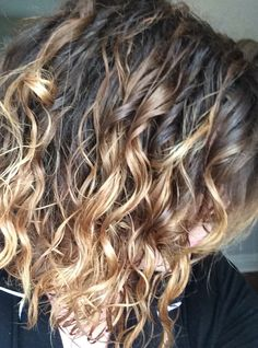 DIY Ombre // Naturally Curly Hair // sparkle & sway
