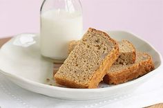Get your tastebuds buzzing for this for this best banana bread recipe - simply make, bake and watch it go! In the oven, just added some choc chips, coconut and extra banana! Lunch Box Recipes, Snack Recipes, Dessert Recipes, Desserts, Loaf Recipes, Lunchbox Ideas, Cake Recipes, Vegan Recipes, Sugar Cookie Recipe Easy