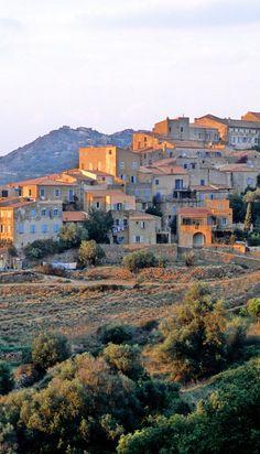 Pigna, Haute-Corse, France Beautiful Islands, Beautiful Places, Beaux Villages, European Tour, French Countryside, Roadtrip, Sardinia, Greek Islands, France Travel