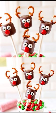 This festive Chocolate Covered Marshmallow Reindeer recipe is the cutest Christm. - This festive Chocolate Covered Marshmallow Reindeer recipe is the cutest Christmas treat! Easy to m - Easy Christmas Treats, Christmas Cake Pops, Christmas Party Food, Christmas Goodies, Holiday Treats, Holiday Desserts, Christmas Time, Vegan Christmas, Christmas Sweets