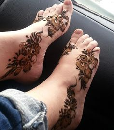 Henna on the feet