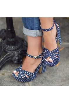dresswe.com Offers High Quality Stylish Peep Toe Polka Dots Platform Horse-Shoe Heel Sandals ,Priced At Only US$70.39