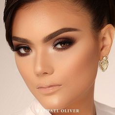 Sugestão de Maquiagem Romântica/Clássica para noivas. Makeup: Raphael Oliver Model: Debora Romão #beautypurpose #belezacomproposito #love  #raphaeloliver