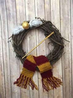Harry Potter wreath / Harry Potter door wreath / Gryffindor wreath / available in any house colors / Harry Potter decor / SALE!! by KatsCTHandmade on Etsy https://www.etsy.com/listing/531830414/harry-potter-wreath-harry-potter-door