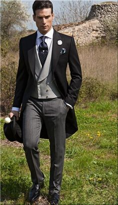 2016 Double Breasted Groom Tuxedos Jacket+Pant+Vest Wedding Suit For Men Mens Fashion Tux Tuxedos After Six Groom Suits White And Black Prom Suit 1920s Mens Formal Wear From Flodo, $82.94  Dhgate.Com #MensFashionEuropean #menweddingsuits #MensFashionVest