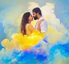 49 Romantic Couple Pre-Wedding Photography Ideas To Give a Try - LooksGud. Indian Wedding Photography Poses, Wedding Couple Poses Photography, Couple Photoshoot Poses, Photoshoot Dresses, Photography Kids, Photography Tricks, Christmas Photography, Photography Backdrops, Photoshoot Ideas