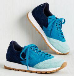 Blue suede Brooks sneakers