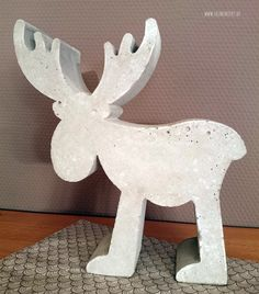 Christmas decoration and my birthday - yellow checkered - DIY ideas for Christmas Christmas decoration Plaster Crafts, Concrete Crafts, Concrete Projects, Ceramics Projects, Wooden Crafts, Diy Projects, Diy Crafts, Cement Art, Concrete Art