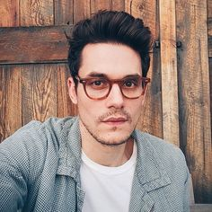 14 Dreamy Selfies of John Mayer Staring Into Your Soul
