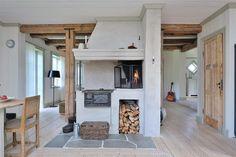 Stay a while. Cottage Kitchens, Cottage Homes, Shop Interior Design, Interior Decorating, Küchen Design, House Design, Solar House, Scandinavian Home, Cabana