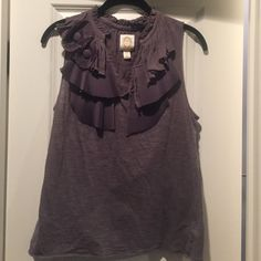 Gray Anthropologie top EUC ric rac top. Made of 100% cotton and 100% polyester. Anthropologie Tops Tank Tops