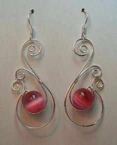wire earrings by Taubreenia