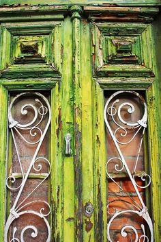 Enchanting Emerald: Old & Magical
