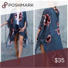 Floral print kimono. Lightweight and versatile. 100% viscose. Aluna Levi Tops