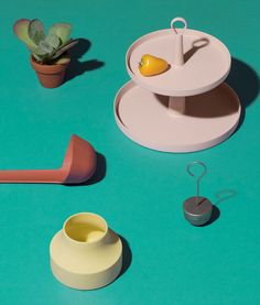 Introducing Ommo, a new minimal, colorful kitchen accessories brand designed by Shane Schneck, the creative director behind Hay. Cake Accessories, Kitchen Accessories, Top Drawer, How To Make Salad, Kitchen Colors, Decoration, Make It Simple, Branding Design, Cool Designs